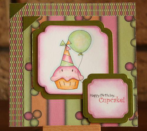 DONNABirthday Cupcake 03